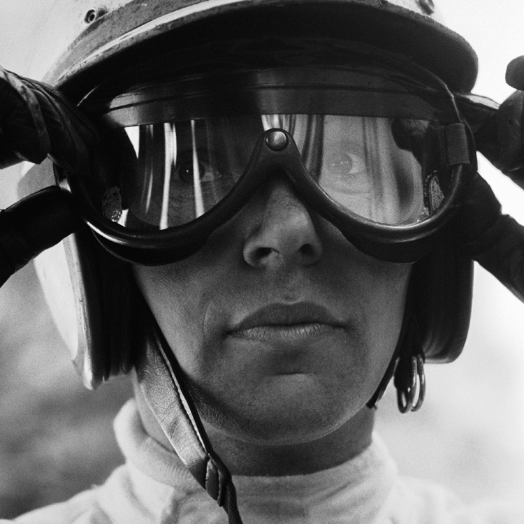 © The Golden Age of Formula 1 by Rainer W. Schlegelmilch, Small Format Edition, to be published by teNeues in February 2017, www.teneues.com 1967 GP Monaco (Monte Carlo), John Surtees (Honda), Photo © 2017 Rainer W. Schlegelmilch. All rights reserved.