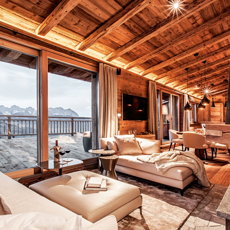 © EIGHTY FOUR ROOMS - A UNIQUE COLLECTION OF THE MOST STYLISH & INDIVIDUAL BOUTIQUE HOTELS - ALPINE EDITION, to be published by teNeues in November 2016, € 49,90, www.teneues.com. Hahnenkamm Lodge, Kitzbühel, Austria, Photo © 2016 Sebastian Schöllgen. EIGHTY FOUR ROOMS GbR. www.eightyfourrooms.com