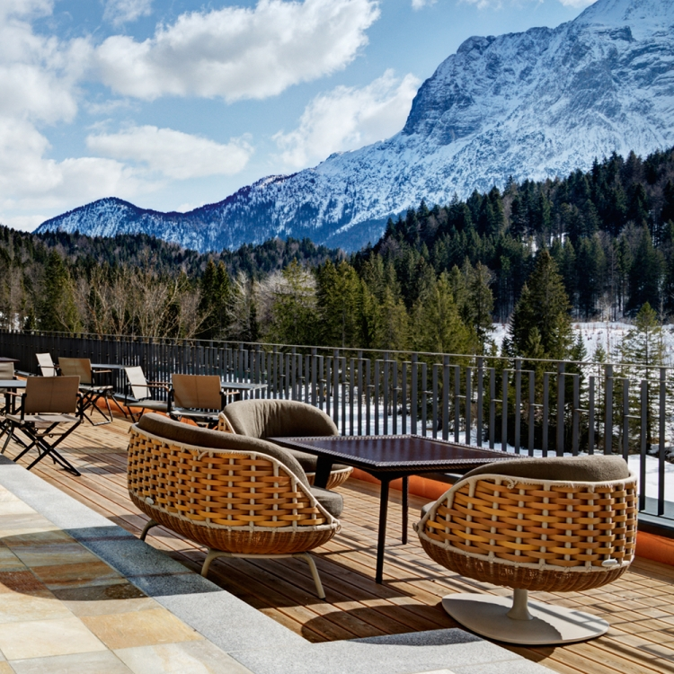 © EIGHTY FOUR ROOMS - A UNIQUE COLLECTION OF THE MOST STYLISH & INDIVIDUAL BOUTIQUE HOTELS - ALPINE EDITION, to be published by teNeues in November 2016, € 49,90, www.teneues.com. Schloss Elmau Retreat, Bavarian Alps, Germany, Photo © 2016 Sebastian Schöllgen. EIGHTY FOUR ROOMS GbR. www.eightyfourrooms.com