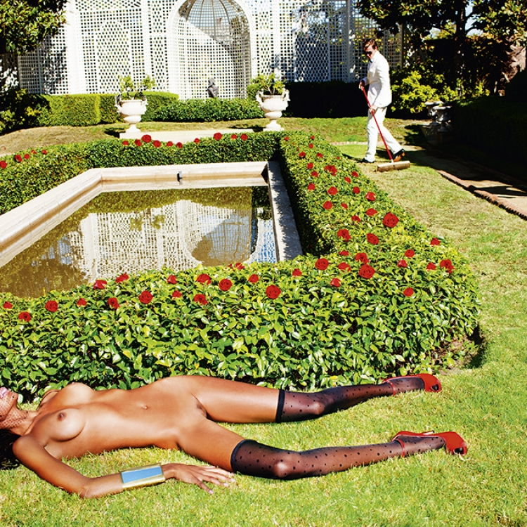 © Taken! Entertaining Nudes by Tony Kelly, to be published by teNeues in September 2016, www.teneues.com, Gardening Hollywood, Los Angeles, 2010, Photo © 2016 Tony Kelly. All rights reserved. www.tonykellyphotography.com