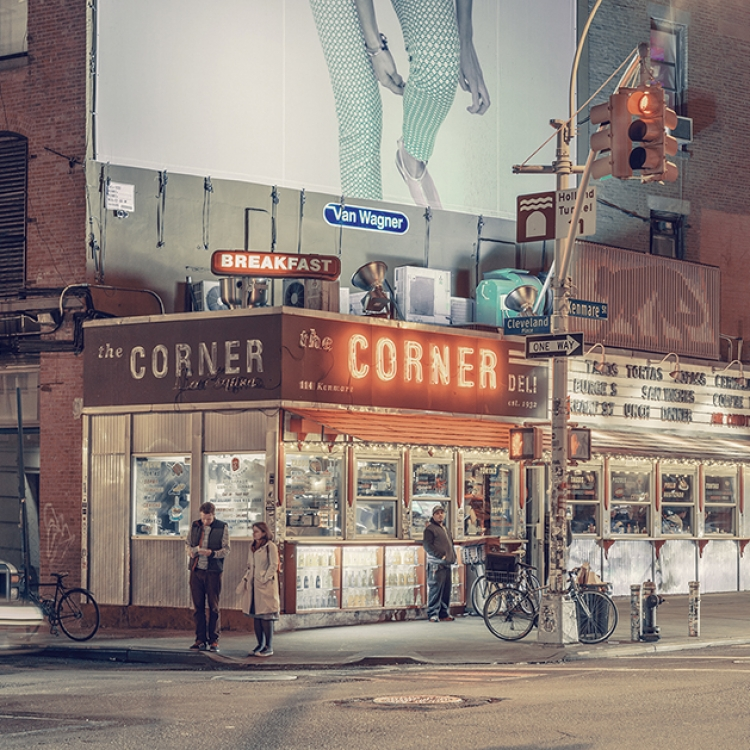 © Light On New City by Franck Bohbot, to be published by teNeues and YellowKorner in August 2016, € 49,90 - www.teneues.com, www.yellowkorner.com. The Corner Deli / La Esquina, Nolita, Manhattan, 2014, Photo © 2016 Franck Bohbot/INSTITUTE. All rights reserved. www.instituteartist.com