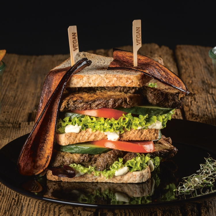 Naturhotel LechLife, Wängle, Tyrol, Clubsandwich, Photo © courtesy of Naturhotel LechLife. www.veggie-hotels.de