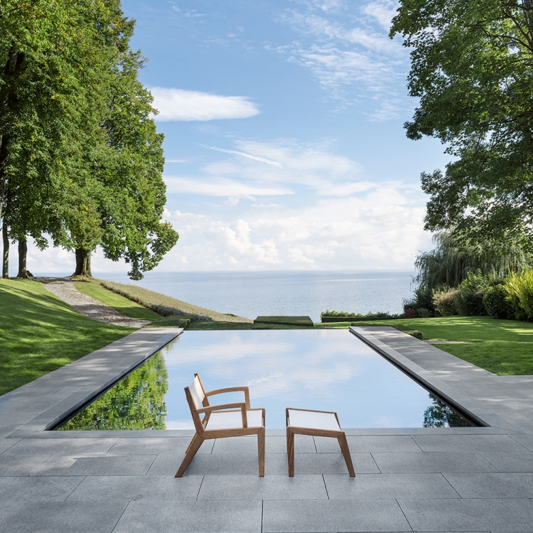 © Garden Design Review - Best Designed Gardens and Parks on the Planet, to be published by teNeues in October 2018, € 80, www.teneues.com. Tectona, Paris, France, Photo © Matthieu Gafsou