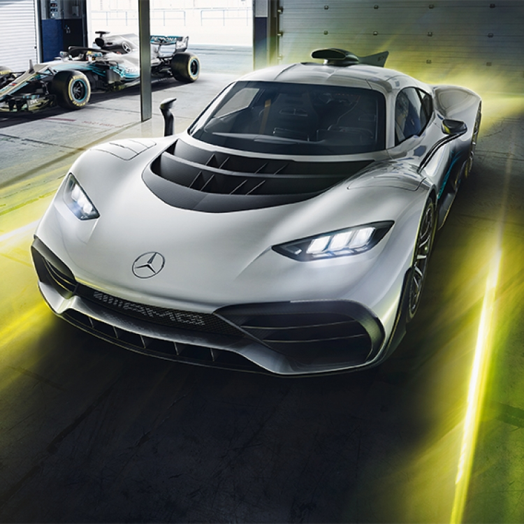 © Neo Classics by René Staud & Jürgen Lewandowski, to be published by teNeues in September 2019, www.teneues.com, MERCEDES-AMG PROJECT ONE, FROM 2019, Photo © 2019 Staud Studios GmbH, Leonberg, Germany. www.staudstudios.com. All rights reserved.