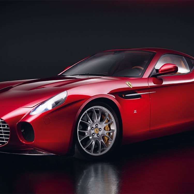 © Neo Classics by René Staud & Jürgen Lewandowski, to be published by teNeues in September 2019, www.teneues.com, FERRARI 599 GTZ ZAGATO, SINCE 2015, Photo © 2019 Staud Studios GmbH, Leonberg, Germany. www.staudstudios.com. All rights reserved.